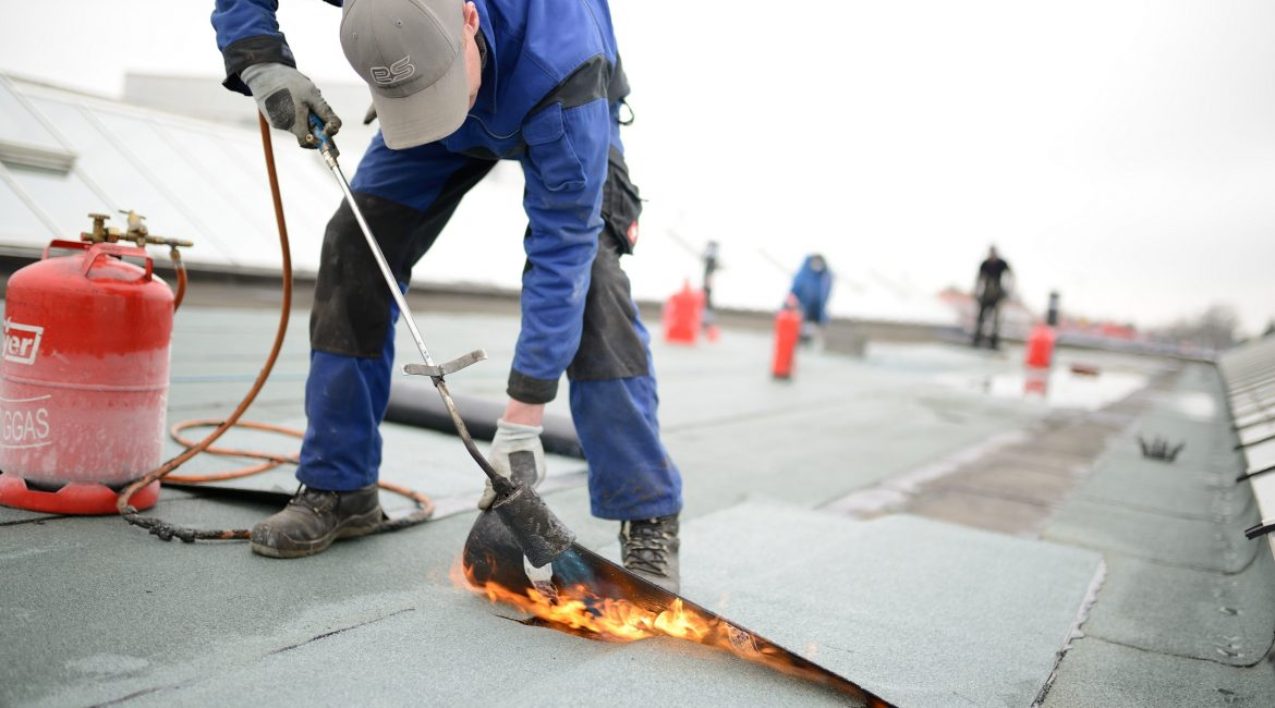 Key Considerations for Commercial Flat Roof Replacement